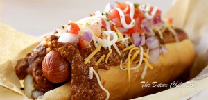 2-the-delux-chili-dog