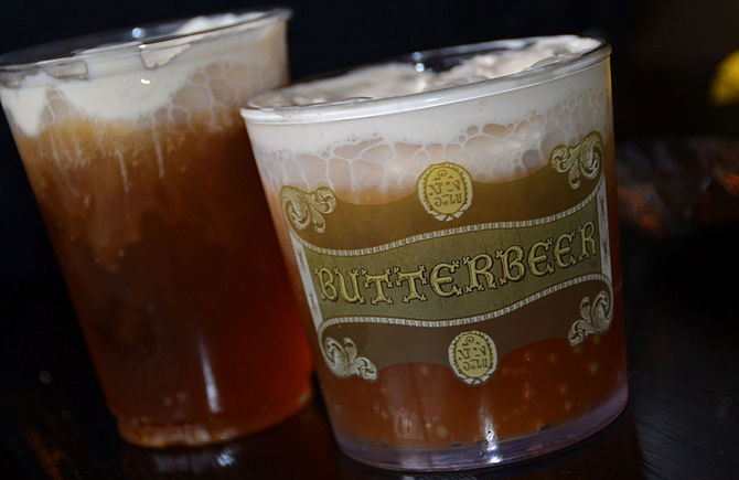 670px-Butterbeer-Glass